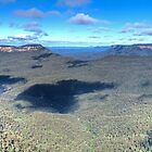 Three Sisters to Jamison Valley by Peter Hocking