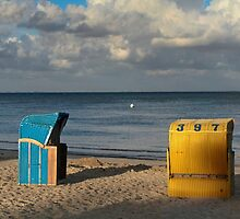Wicker Beach Chairs with a Hood by Stefanie Köppler