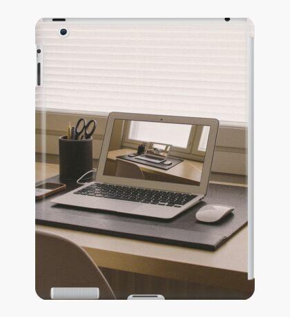 Surreal Laptop Repeating Screen 1 iPad Case/Skin