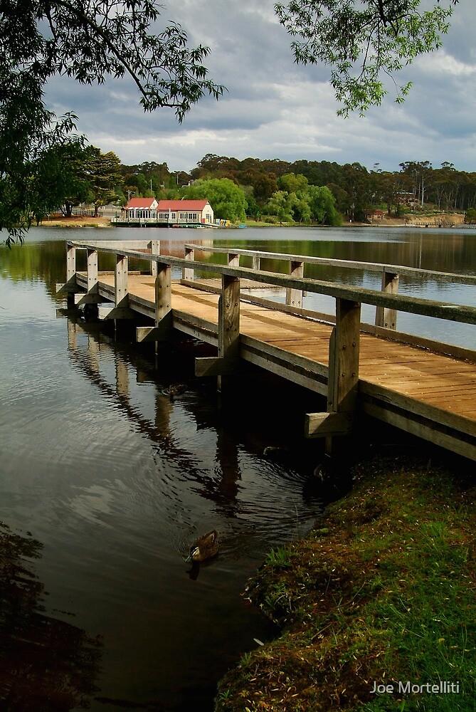 Lake Daylesford by Joe Mortelliti