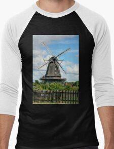 Windmill - HDR T-Shirt