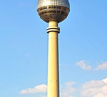 Fernsehturm by metronomad