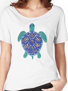 Sea Turtle – Navy & Gold Women's Relaxed Fit T-Shirt