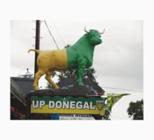 Up Donegal For GAA Finals - Burnfoot County Donegal Ireland . T-Shirt