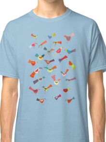 Birds doing bird things Classic T-Shirt