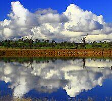 Lake Hume, Albury. by Petehamilton