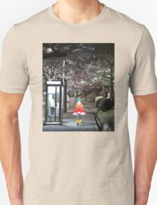 Monogatari – Doll Walk T-Shirt