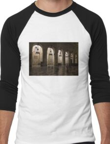 Syracuse Cathedral - an Ancient Greek Temple, 2500 Years Old Men's Baseball ¾ T-Shirt