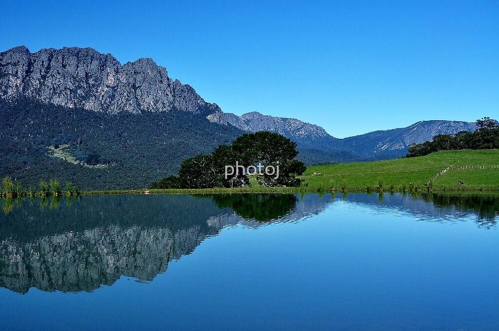 photoj Tas, Mt Roland by photoj