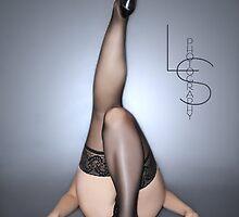 ©2010 Megan- Legs<3 by Leah Snyder