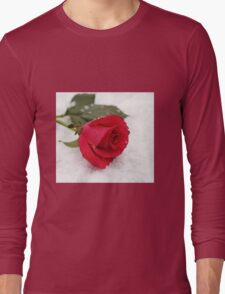 A rose on the snow Long Sleeve T-Shirt