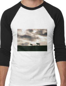 Evening Horses Derry, Ireland. Men's Baseball ¾ T-Shirt