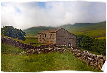 Dales Stone Barn by Trevor Kersley