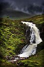 Waterfall, Eas a'Bhradain, Isle of Skye, Scotland by PhotosEcosse