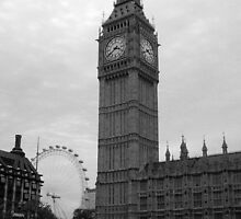 Big Ben and the Eye in Black and White by Chris Day