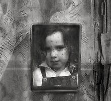 Mirror memories by PhotomasWorld