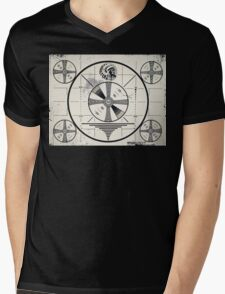 Retro TV Monoscope Test Pattern Mens V-Neck T-Shirt