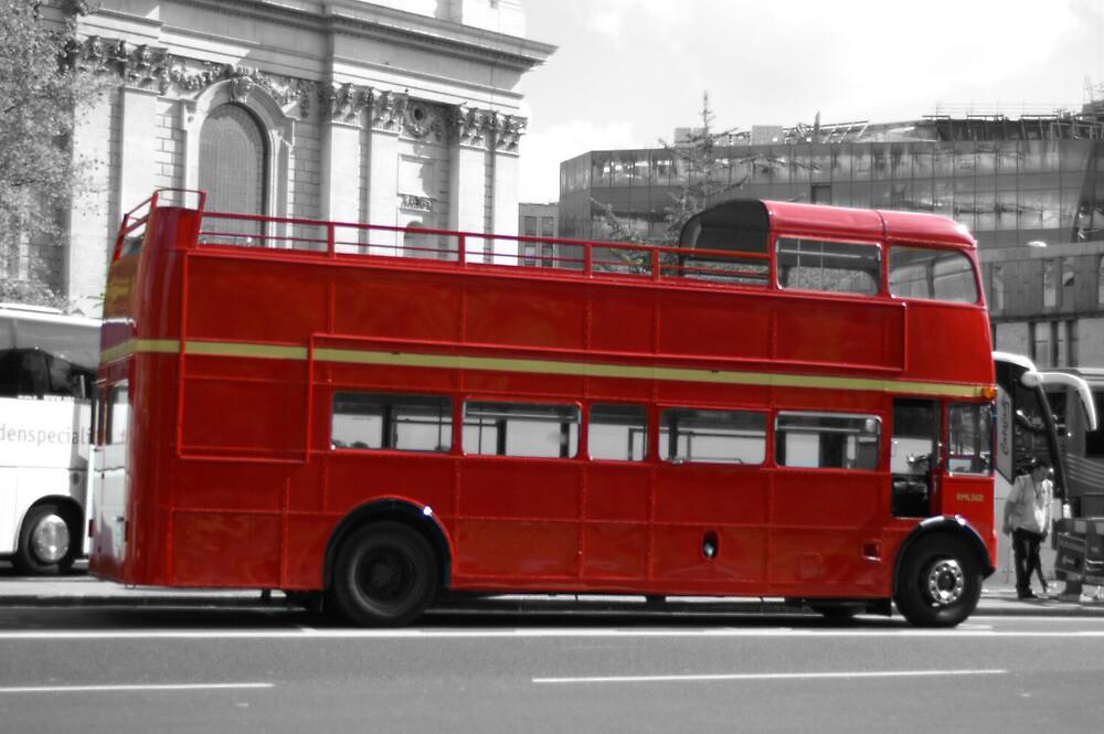 Routemaster by elizabethdaresu