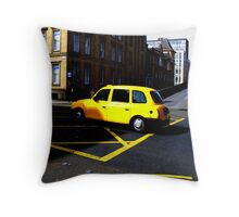 Glasgow - Yellow cab. Throw Pillow