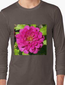 Macro Pink Fuschia Zinnia Flower in the Garden Long Sleeve T-Shirt