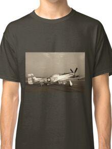 P-51 Mustang Fighter Plane - Classic War Bird Classic T-Shirt