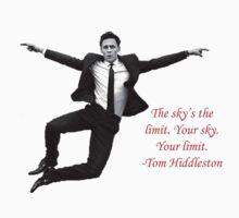 Tom Hiddleston by RonnieNovak