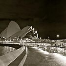 Opera House by donnnnnny