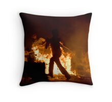 The mad run Throw Pillow