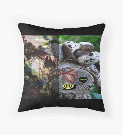 Fantasy of living Throw Pillow