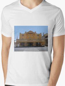 Gundagai Theatre, NSW, Australia Mens V-Neck T-Shirt