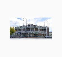 Thunderbolt Inn, Uralla, NSW, Australia Unisex T-Shirt