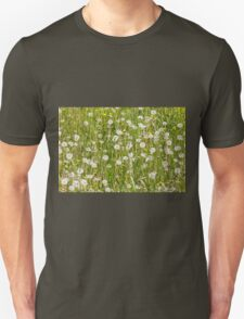 meadow background T-Shirt