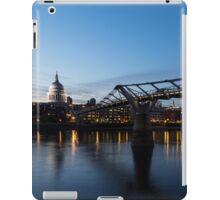 Reflecting on Bridges and Skylines - City of London, England, UK iPad Case/Skin