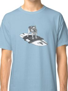 surfing sadie Classic T-Shirt
