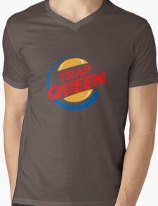 TRAP QUEEN Mens V-Neck T-Shirt