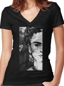 Black And White Frida Kahlo by Sharon Cummings Women's Fitted V-Neck T-Shirt