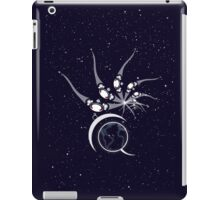 Universal flOw iPad Case/Skin