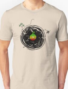 Reggae Music Peace - Vinyl Records Weed Pot - Cool Retro Music DJ T-Shirt