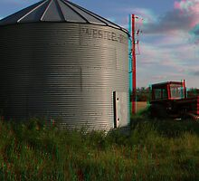 [3D] Grain Bin and Old Tractor by lar3ry
