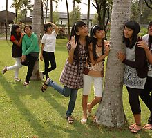 group of teenage girl by bayu harsa