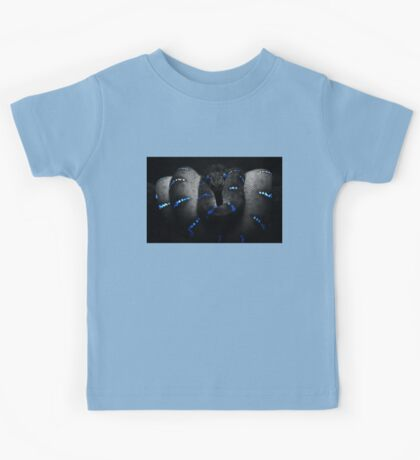 The Black Snake (solid bkground for light tshirts) Kids Tee