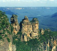 Blue Mountains of NSW by Michael Vickery