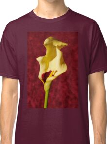 Portrait of a single flower Classic T-Shirt