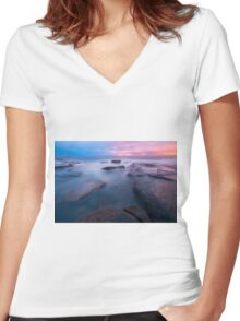 Rocks and waves at Kings Beach, QLD. Women's Fitted V-Neck T-Shirt