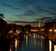 Norwich Riverside by Phil Rhodes