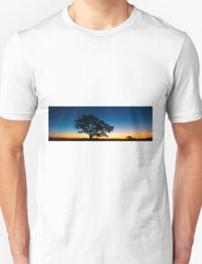 Panorama of a silhouette tree at dusk. Unisex T-Shirt