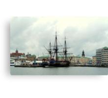 "The City of Gothenburg & East Indiaman ""Götheborg"" Canvas Print"