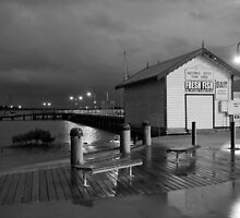 Hastings Jetty Fish Shed by WendyJC