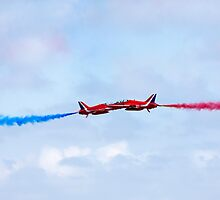 Red Arrows aerobatic display team close pass by steveball