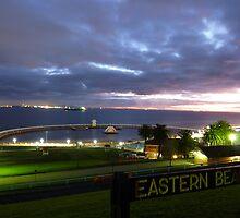 Eastern Beach un-vailed by Davegazzard